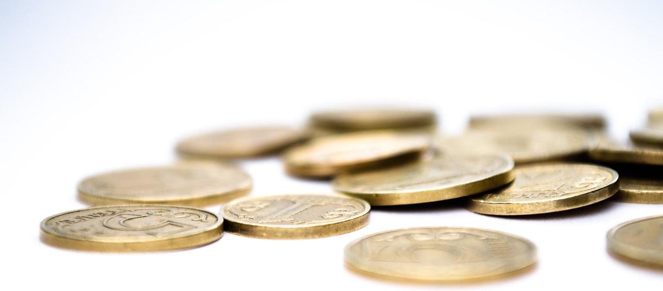 Slide04_Money_Gold_Coins_Finance